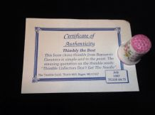 COLLECTABLE CHINA THIMBLE + CERT THIMBLE COLLECTORS DON'T GET THE NEEDLE PINK